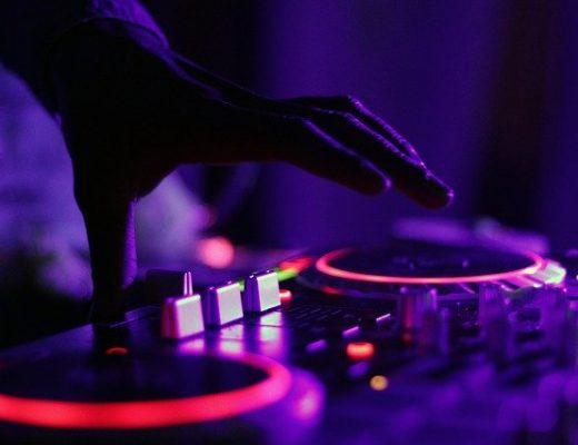 DJ inhuren bruiloft